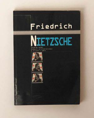 Friedrich Nietzsche Soumrak model
