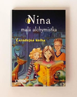 Nina- malá alchymistka