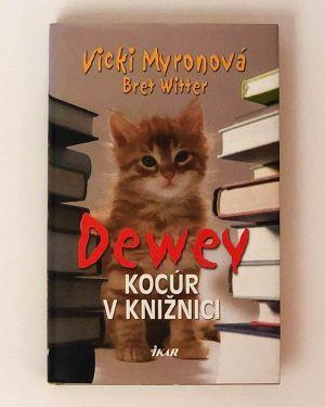 Dewey Kocúr v knižnici